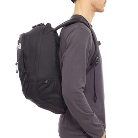 The North Face Jester reppu 26 L , musta
